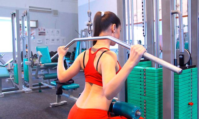 Широчайшая мышца: функции и упражнения для накачки крыльев спины