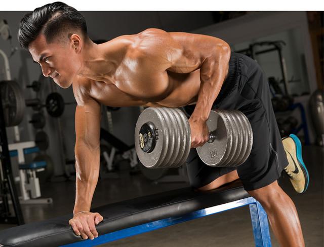 Базовые упражнения на спину: техника, особенности и варианты выполнения