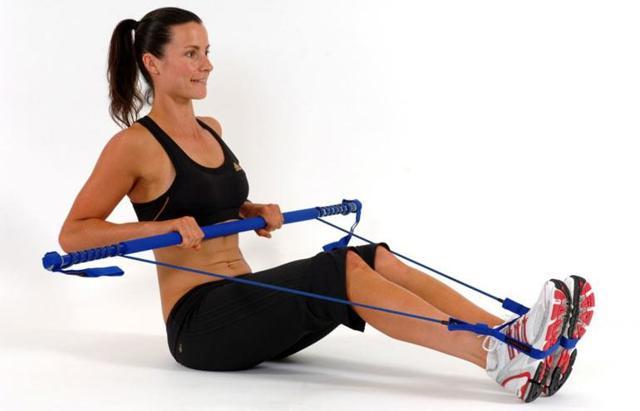 Тяга горизонтального блока к поясу и груди для спины и плеч