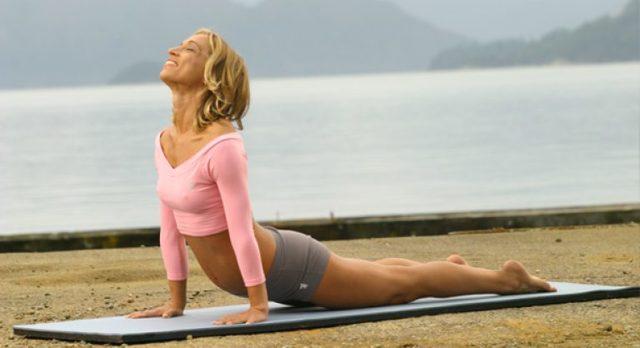 Коврик для фитнеса: как выбрать гимнастический коврик, на что обратить внимание, какие материалы лучше