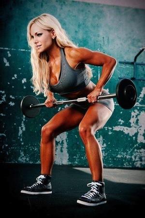 Тяга Т-штанги в наклоке к поясу: какие мышцы работают, техника стоя и с упором в тренажере
