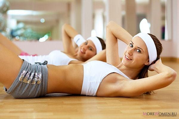 Как накачать пресс девушке: лучшие упражнений для домашних условий