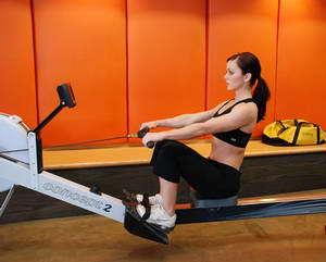 Гребной тренажер: какие мышцы работают, какой лучше выбрать для дома