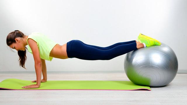 Что такое фитнес-мяч и для каких целей используют фитбол