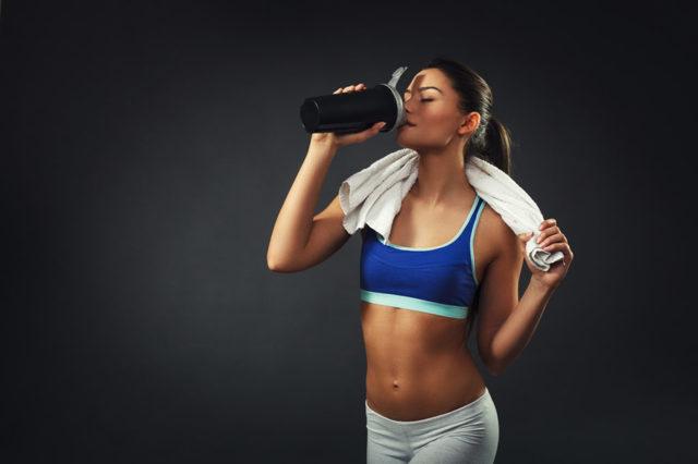 Мицеллярный казеин: что это такое и как использовать для похудения