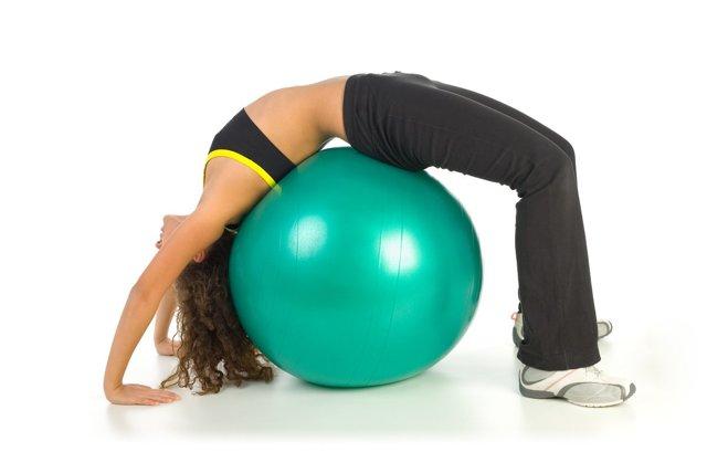 Упражнения для укрепления мышц спины и поясницы: особенности и программа тренировок