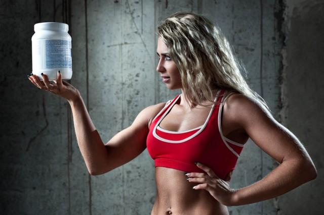 Лучшее спортивное питание для набора мышечной массы мужчинам и женщинам