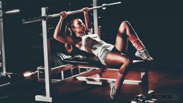 Почему после тренировки хочется спать и полезен ли сон после занятий спортом?