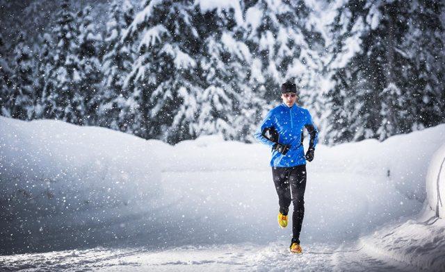 Бег зимой: в чем и где бегать в холодную погоду на улице