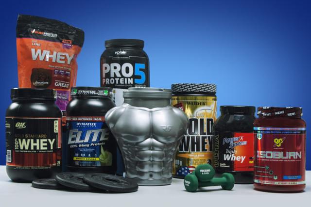 Многокомпонентный протеин (комплексный): плюсы и минусы, рейтинг лучших брендов
